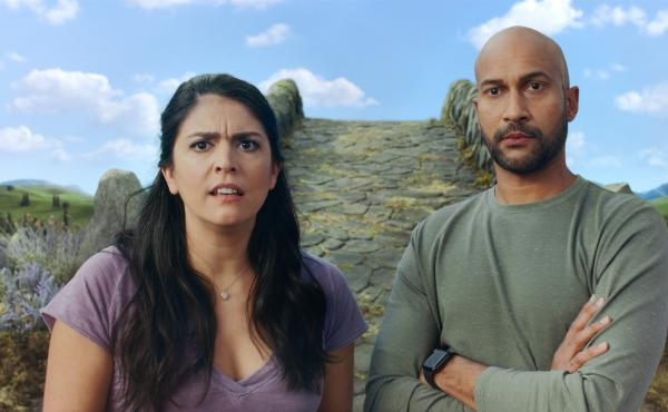 Keegan-Michael Key and Cecily Strong star in the Apple TV+, Schmigadoon!