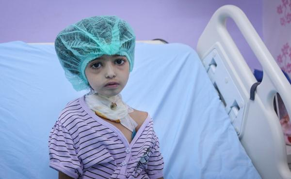 Sara, a 10-year-old at al Thawra hospital in Hodeidah, Yemen, is half paralyzed by diphtheria, an illness that can be prevented by vaccination. She subsequently had to leave the hospital because of the violence.