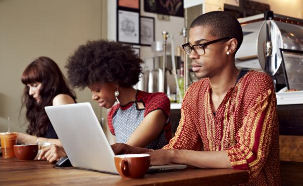As the gig economy grows, more people are seeking temporary work spaces, and restaurants and coffee shops are seeking to cater to this need, using tech apps to help them.
