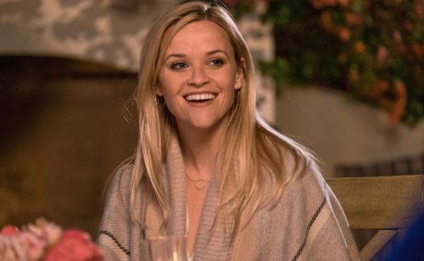 Reese Witherspoon stars as Alice Kinney, a recently separated mother of two who moves back in with her mother (Candice Bergen) for a fresh start.