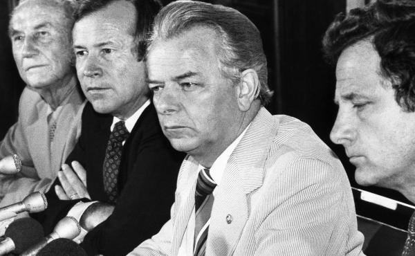 A bipartisanship group of senators — (from left) Strom Thurmond, R-S.C., Republican leader Howard Baker of Tennessee, Democratic leader Robert C. Byrd of West Virginia, and Birch Bayh, D-Ind. — hold a news conference in 1980.